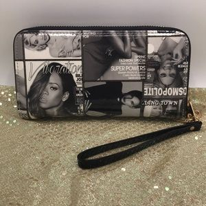 Rihanna, Alicia Keys & Beyoncé Wallet Wristlet ❤️